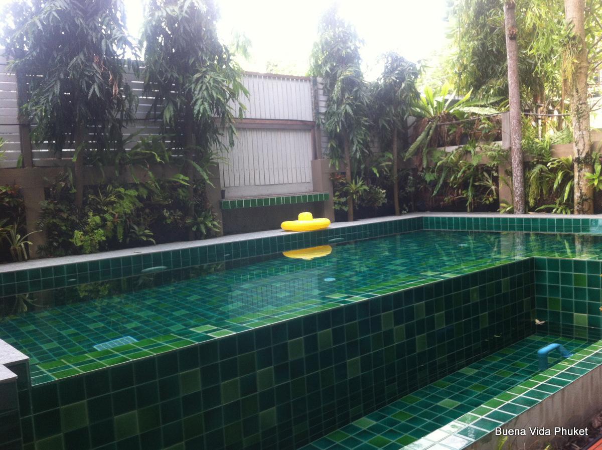 2 bedroom apartment in rawai near tesco lotus buena vida for Garden pool tesco